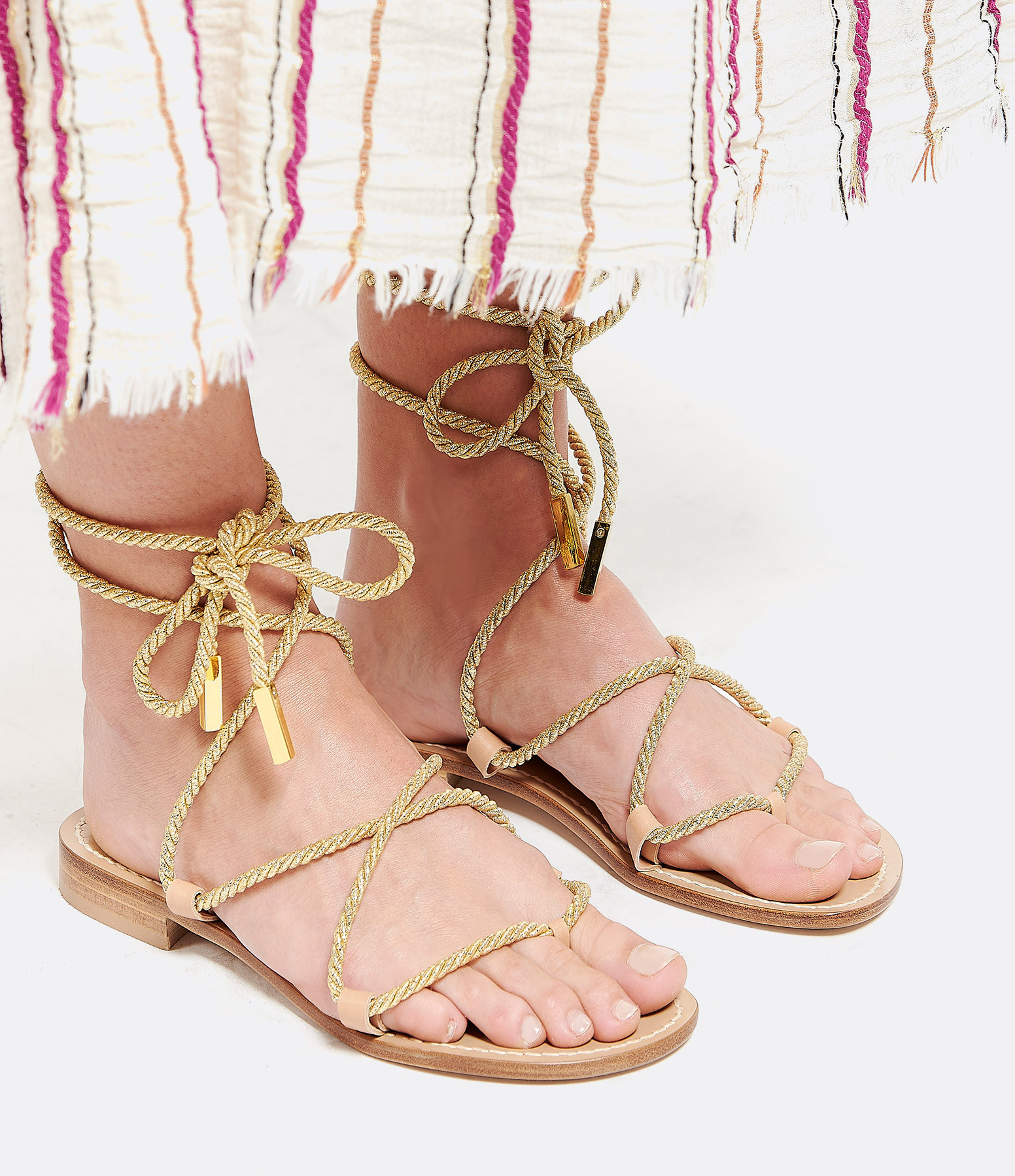 Beige Sandals with one lace